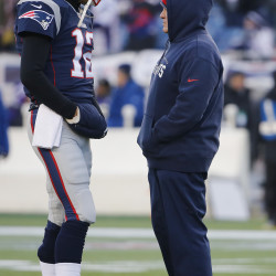 Pats offensive balance a challenge for Texans