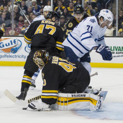 Maple Leafs' top line too much for Bruins in 4-3 win