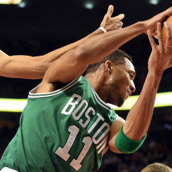 Pierce and Allen lead way in Celtics' rout of Blazers