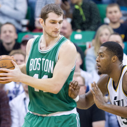 Robinson sparks Celtics to 100-75 rout of Nets