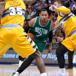 Celtics struggle, but hold off Bobcats for victory