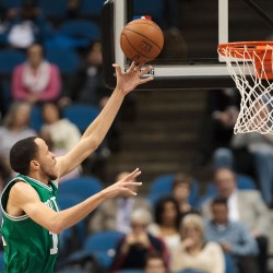 Timberwolves bounce back for big 106-88 win over Celtics