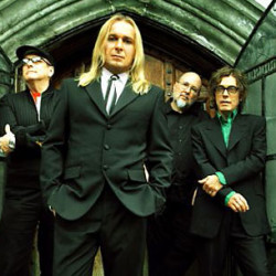 Boston, Cheap Trick offer parade of hits at rainy Bangor Waterfront concert
