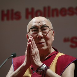 China urges Obama to cancel meeting with Dalai Lama