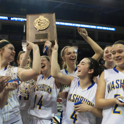 Washburn girls press way past No. 1 Schenck, into 'D' title game
