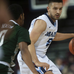 Two Canadian players verbally commit to UMaine men's basketball team