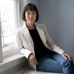 Maine author Tess Gerritsen sues Warner Brothers for $10 million over movie 'Gravity'