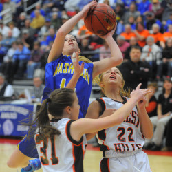 Washburn girls basketball team reaches 100-point mark in victory over SAHS