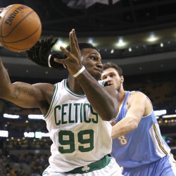 Strong start propels Celtics past Nuggets