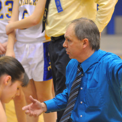 Former Tigerette Moore coaches Shead girls back to tourney