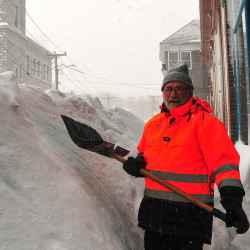 Blizzard could dump as much as 20 inches of snow on Down East Maine