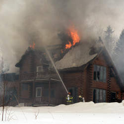 Fire destroys Washington County home while residents on vacation