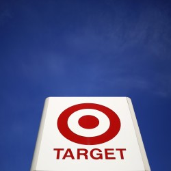 Target CEO stepping down in wake of devastating cyber attack