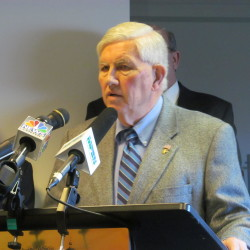 Maine mayors find common ground, form coalition