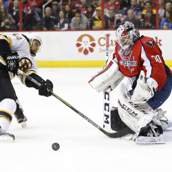 Kelly's goal in OT lifts Bruins past Capitals 1-0