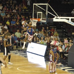 Globetrotters promote breast cancer awareness during 2013 world tour