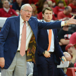 Report: NCAA investigators looking at Syracuse