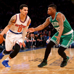 Anthony powers Knicks past Celtics