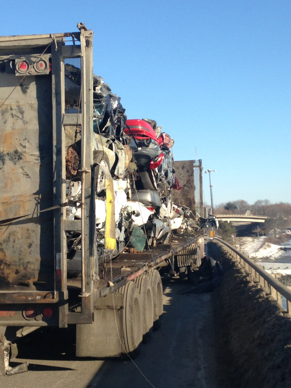 Nh man charged after crushed vehicles fall onto i 295 for Department of motor vehicles bangor maine
