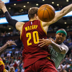 Cavaliers deal with James in mind; Celtics to acquire Zeller, Thornton
