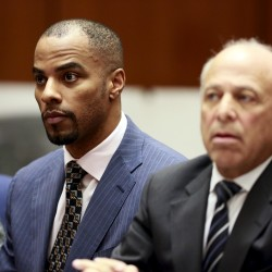 Ex-NFL star Sharper ordered held without bail in Los Angeles