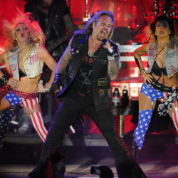 Motley Crue to rock Bangor Waterfront