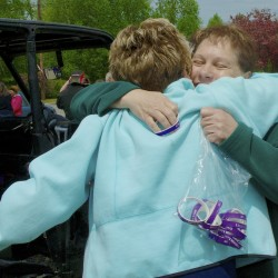 More than 400 attend vigil to remember Amy Theriault