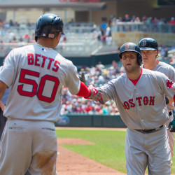 Twins rally past Red Sox in 10th