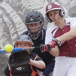 Kelsey Pendergast's 2-run single in 7th sparks Bangor softball win over Messalonskee
