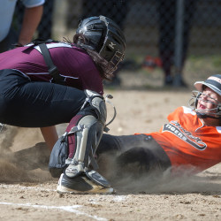 Gardiner finishes perfect regular season in Class B softball