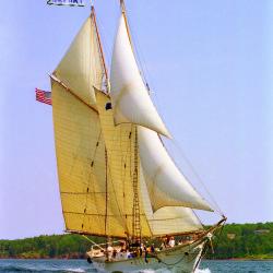 Maine windjammer: no schedule, no stress, lots of scenery