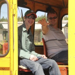 Rail enthusiasts in Portland say goodbye to Monson No. 4