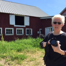 Museum talk on Maine barns proves of interest to both men and women
