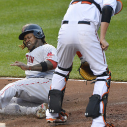 Drew powers Red Sox past Orioles; Ortiz ejected