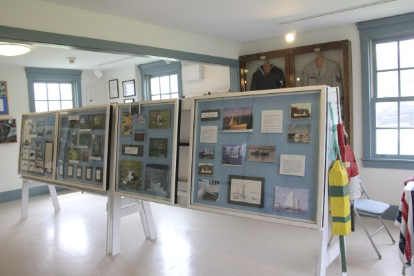The The Ron Pesha Lighthouse History Museum includes exhibits on lighthouse history as well as the history of the area.