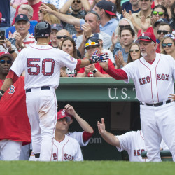 Buchholz tosses 3-hitter as Red Sox rout Astros