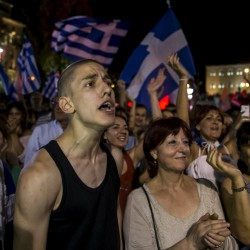 Source: Greece to get $170B bailout, reduce debt
