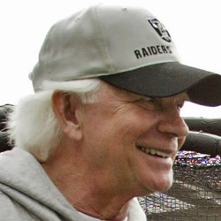 Longtime NFL coach, player Jack Pardee dies at 76