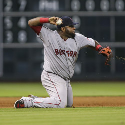 Drew's homer in 9th rallies Red Sox past Astros