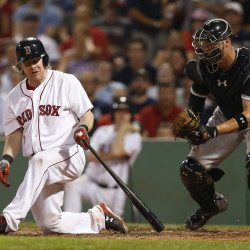 Gillaspie powers White Sox past floundering Red Sox