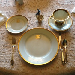Rebecca Eveleth Craft's place setting. Talbot photo