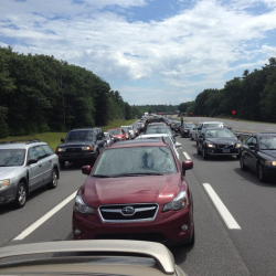 1 hurt in 19-vehicle pileup on I-295 in Cumberland