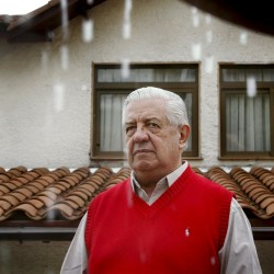 Ex-diplomat Harry Barnes, advocate for change in Chile, dies at 86