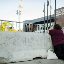 Police shooting of black teen ignites riots, looting in Missouri