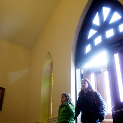 Study: Less religious states give less to charity; Maine ranks 49th