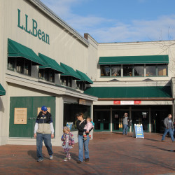 L.L.Bean Outlet expanding, set to hire 10 more in Ellsworth