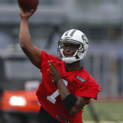 Geno Smith, Barkley impacted by Alex Smith trade