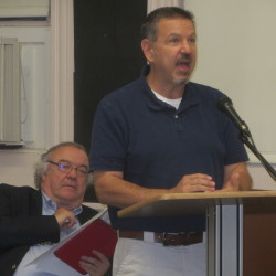 Store video catches South Thomaston school board member filching anti-RSU petition