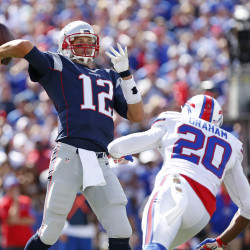 Brady, Patriots rout Rams 45-7 at Wembley