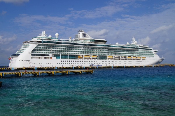 958 Foot Long Cruise Ship Plans Stop In Rockland Midcoast Bangor Daily News Bdn Maine